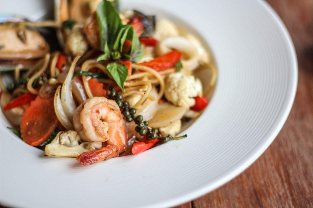 Spaghetti mit Meeresfrüchten - ein Genuss zu weißem Wein