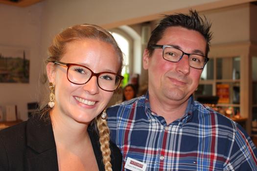 Juniorchefin Lisa Gottardi mit dem Gottardi Diplomsommelier und Verkaufsberater Jürgen Wieländer.