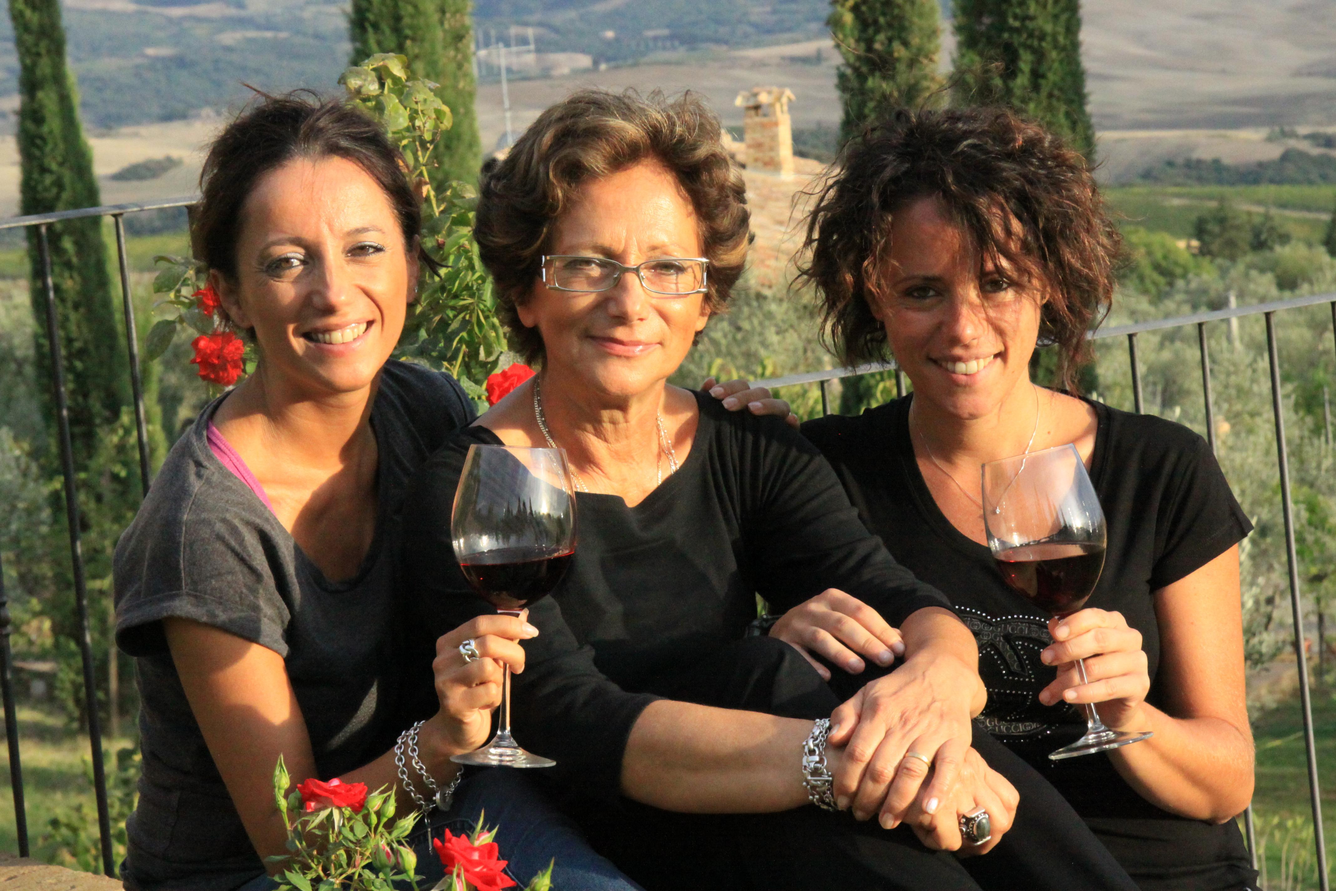 Ein kreatives und energiegeladenes Frauengespann: Laura, Giovanna und Lucia von der Tenuta di Collosorbo