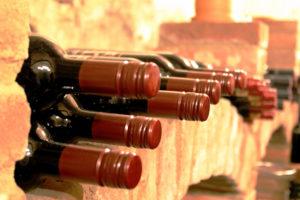 Ein eigener Weinkeller bringt viele Vorteile.
