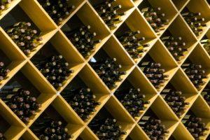 Ob klein oder großzügig - ein Weinkeller hat viele Vorteile.