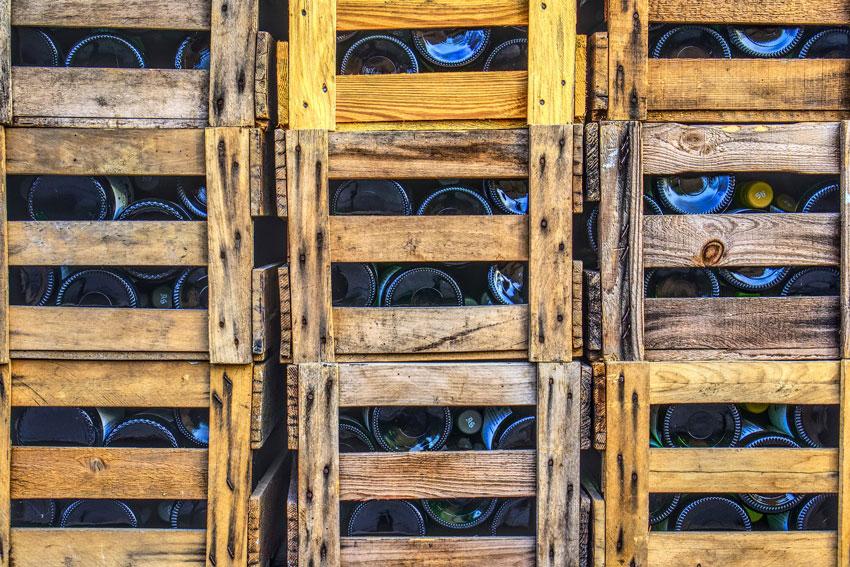 Volle Weinregale lassen die Herzen von Weinliebhabern höher schlagen.