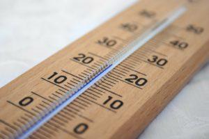 Die richtige Temperatur ist für die Weinlagerung wichtig.
