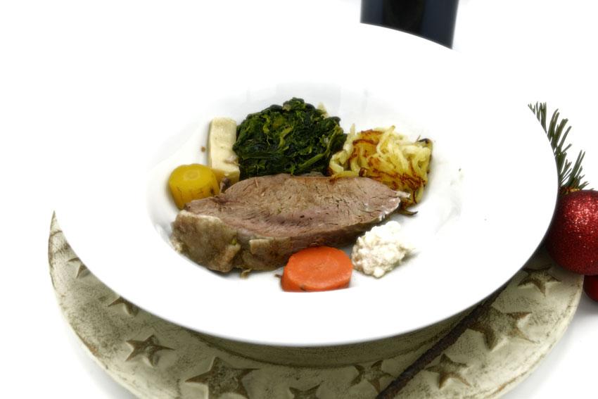 Unser Vorschlag für die Hauptspeise Ihres Festtagsmenüs ist klassisch österreichisch: ein edler Tafelspitz!